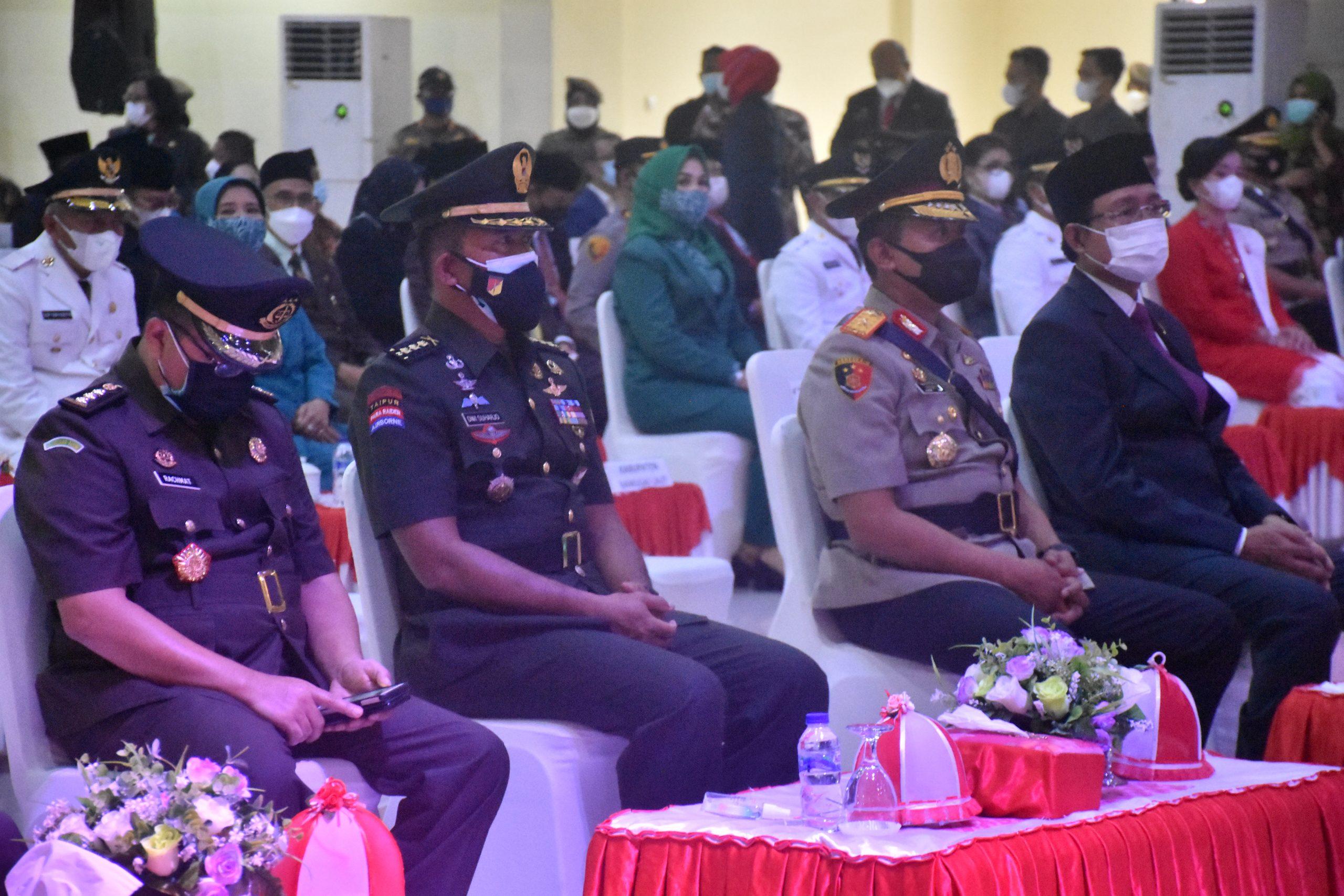 Kasrem 132/Tdl, Hadiri Pelantikan Walikota dan Wakil Walikota Serta Bupati dan Wakil Bupati